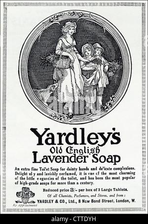 Original 1920s vintage print advertisement in English consumer magazine advertising YARDLEY'S OLD ENGLISH LAVENDER - Stock Photo