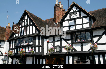 Fifteenth century Kings Arms Hotel Ombersley Worcestershire England UK - Stock Photo