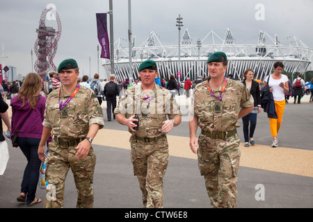 London 2012 Olympic Park in Stratford. British Army on duty after they were brought in to pick up the shortfall - Stock Photo