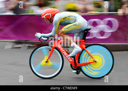 London 2012 Olympics, Men's Cycling Time Trial - Alexandr Vinokurov, Kazakhstan - Stock Photo