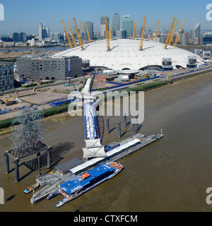 Aerial view of North Greenwich Pier & Thames Clipper adjacent to the o2 arena 02 millenium dome with Canary Wharf - Stock Photo