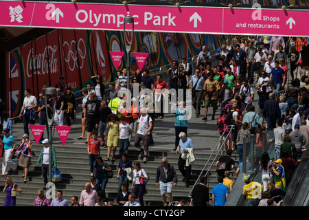 Aerial view of spectator crowds at the Westfield City shopping complex, Stratford that leads to the Olympic Park - Stock Photo