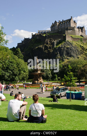 Edinburgh Castle from Princes Street Gardens. - Stock Photo