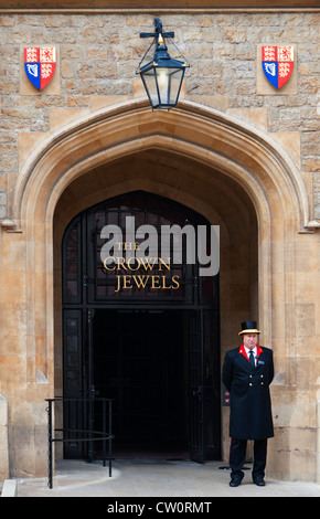 Grand entrance to the Jewel House at the Tower of London where the Crown Jewels are kept on display. London England - Stock Photo