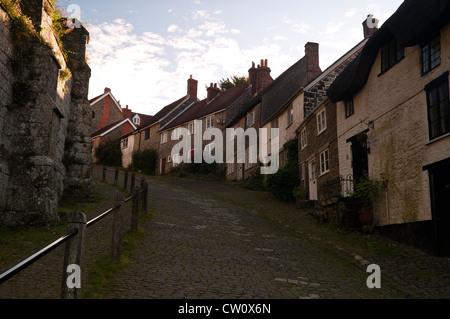 Gold Hill is a steep cobbled street in Shaftesbury Dorset as used in the famous Hovis adverts - Stock Photo