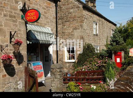 The Post Office and village store at Rowsley, Derbyshire, England, U.K. - Stock Photo