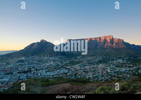 Cape Town city centre at sunrise with a view of Table Mountain. Cape Town,South Africa - Stock Photo