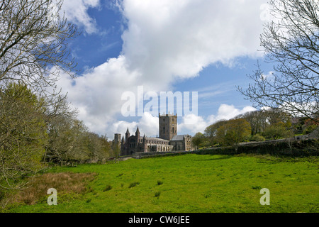 St Davids Cathedral exterior in spring sunshine, Pembrokeshire National Park, Wales, Cymru, United Kingdom, UK, - Stock Photo