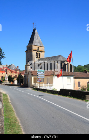 The church in the centre of the Village of Frayssinet-Le-Gelat in the Lot region of France - Stock Photo