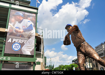 USA Illinois Chicago The Ron Santo statue outside Wrigley Field the home of the Chicago Cubs unveiled dedicated - Stock Photo