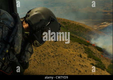 U.S. Army Sgt. Nathan McLaughlin, Utah National Guard Detachment 2, Company C, 1st General Support Aviation Battalion, - Stock Photo