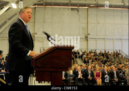 Secretary of the Air Force Michael Donley speaks to the audience during the Chief of Staff Retirement and Appointment - Stock Photo