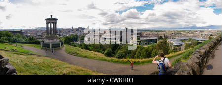 Panoramic view over Edinburgh from the hill at Regent Gardens - Stock Photo