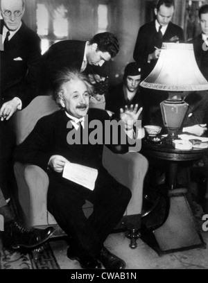 ALBERT EINSTEIN, 1934. Courtesy: CSU Archives / Everett Collection - Stock Photo
