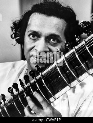 Ravi Shankar, musician, composer, performer and scholar, portrait, 1960s. Courtesy: CSU Archives / Everett Collection - Stock Photo