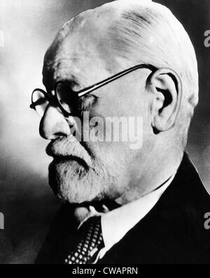 Sigmund Freud, 1936. Courtesy CSU Archives/Everett Collection. - Stock Photo