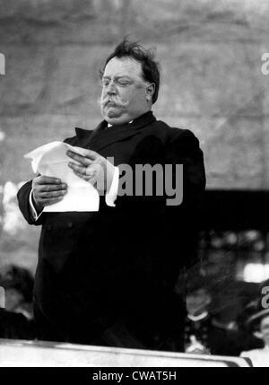 William Taft, (1857-1930), U.S. President 1909-1913, delivering a speech, 1910.. Courtesy: CSU Archives / Everett - Stock Photo