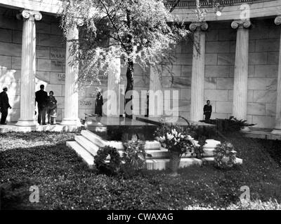 Tomb of Warren G. Harding, 29th President of the United States (1921-1923).. Courtesy: CSU Archives / Everett Collection - Stock Photo