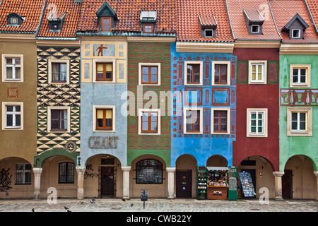 Colourful 16th century medieval merchants' houses, domki budnicze, in the old town market square, Stary Rynek, in - Stock Photo