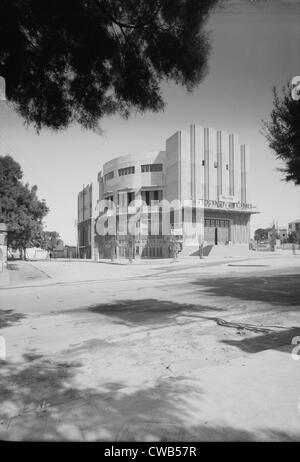 Tel Aviv, Moghrabi theatre, movie picture-house, photograph, 1920-1933. - Stock Photo