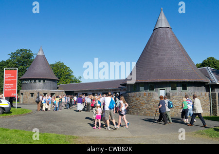 People outside the Royal Welsh Show entrance, Llanelwedd, near Builth Wells, Wales UK. - Stock Photo