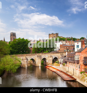 Elvet Bridge and the River Wear, Durham City, with the cathedral and castle on the skyline. - Stock Photo