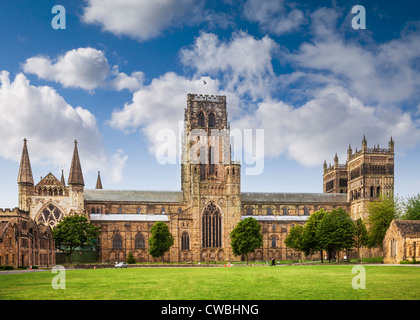 Durham Cathedral and Palace Green, Durham City, England. - Stock Photo
