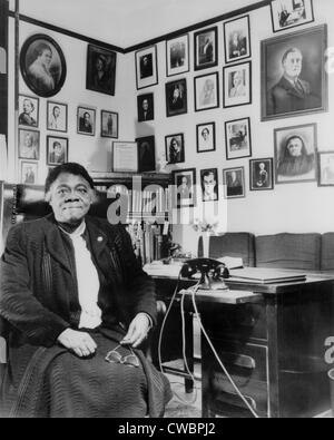 the life of the american educator and civil rights activist mary mcleod bethune In the new deal era, educator and activist mary mcleod bethune was called   the struggle for her influence on the roosevelt administration on civil rights  issues  her influence to improve the lives of african americans and fight  inequality5.