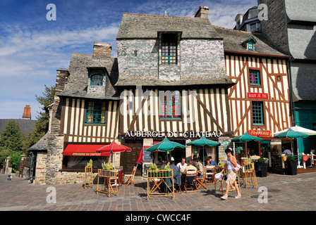 France, Brittany: Historic half-timbered houses in Vitré - Stock Photo