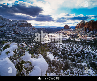 Munds Mountain Wilderness with snow. Mitten Ridge on right. Sedona, Arizona. - Stock Photo