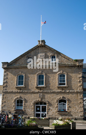 The fine Victorian Town hall stands on The Parade in Hugh Town, Saint Mary's,  Isles of Scilly. - Stock Photo