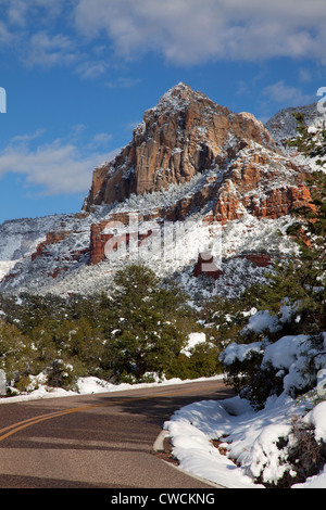 Winter snow on Schnebly Hill Road, Coconino National Forest, Sedona, Arizona. - Stock Photo