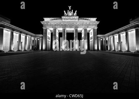 berlin,brandenburg gate,quadriga statue - Stock Photo