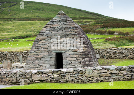 The Gallerus Oratory (Ninth Century Christian Church), Near Ballyferriter, Dingle Peninsula, County Kerry, Ireland. - Stock Photo