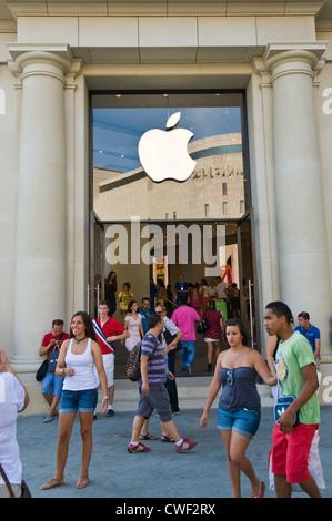 Apple Store Fashion Place Mall
