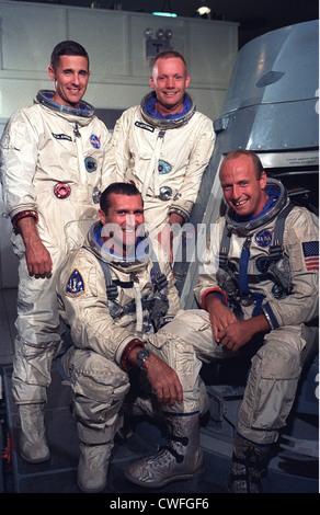 Portrait of Gemini 11 prime and backup crews. Seated are the Gemini 11 prime crewmembers (L-R) Astronauts Richard - Stock Photo