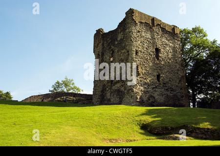 Castle ruins, Peveril Castle, Castleton, Peak District, Derbyshire, UK - Stock Photo