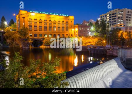 Washington Water Power building in Spokane, Washington at night - Stock Photo