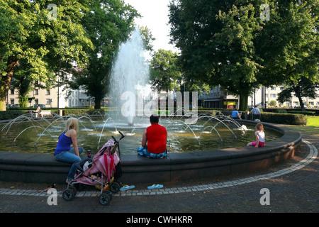 Friedrichsplatz mit Springbrunnen in Krefeld, Niederrhein, Nordrhein-Westfalen - Stock Photo