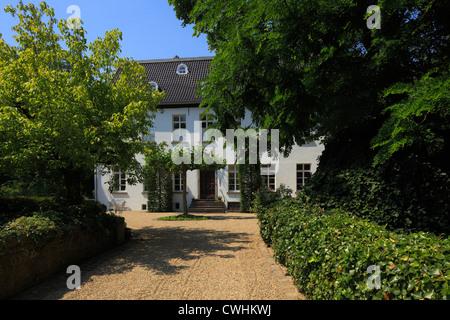 Haus Traar in Krefeld-Traar, Niederrhein, Nordrhein-Westfalen, Herrenhaus - Stock Photo