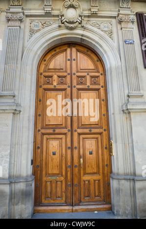 Apartment Building Front Door apartment building front street door for decorating ideas