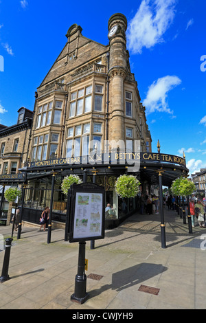 Bettys Cafe and Tea Rooms on Parliament Street, Harrogate, North Yorkshire, England, UK. - Stock Photo