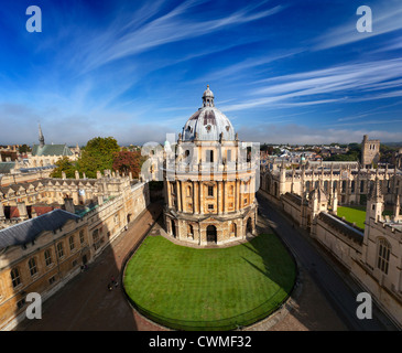 Radcliffe Camera and Oxford Colleges viewed from St Mary's Church - early Autumn morning 1p Stock Photo
