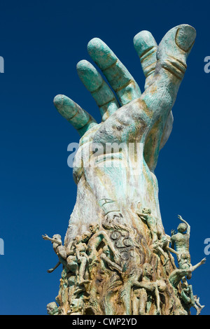 HOLOCAUST MEMORIAL SCULPTURE (©KENNETH TREISTER 1990) MIAMI BEACH FLORIDA USA - Stock Photo