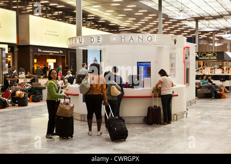 stores and passengers at an airport gate waiting area baa heathrow stock photo royalty free. Black Bedroom Furniture Sets. Home Design Ideas