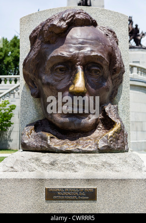 Sculpture by Gutzon Borglum in front of the tomb of President Abraham Lincoln, Oak Ridge Cemetery, Springfield, - Stock Photo