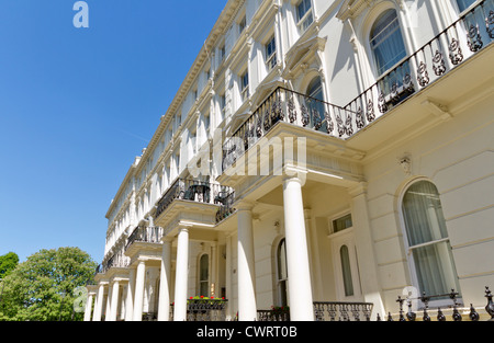 Georgian Stucco front houses in London - Stock Photo