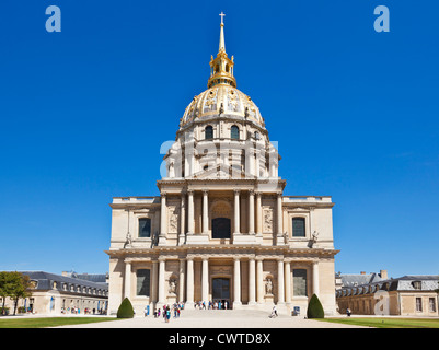 Eglise du Dome Les Invalides napoleons tomb Paris France EU Europe - Stock Photo