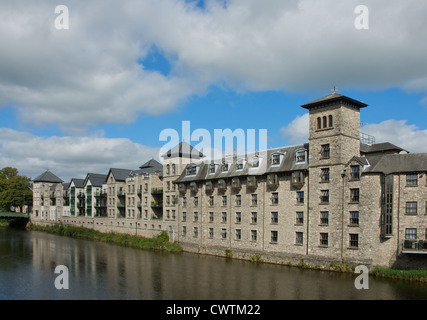 Riverside Hotel & Leisure Centre, and Kentgate development, overlooking River Kent, Kendal, Cumbria, UK - Stock Photo