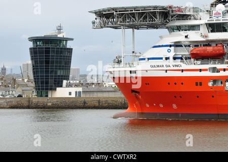 The Gulmar Da Vinci, diving support vessel, entering Aberdeen harbour 2012 - Stock Photo